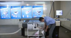 Máy cắt bế decal siêu tốc