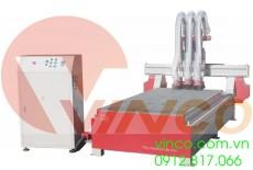 Máy CNC nhiều trục quay dùng để làm cửa gỗ